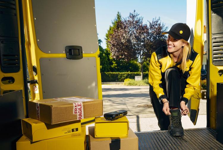 Österreichisch Post - Dienstbekleidung